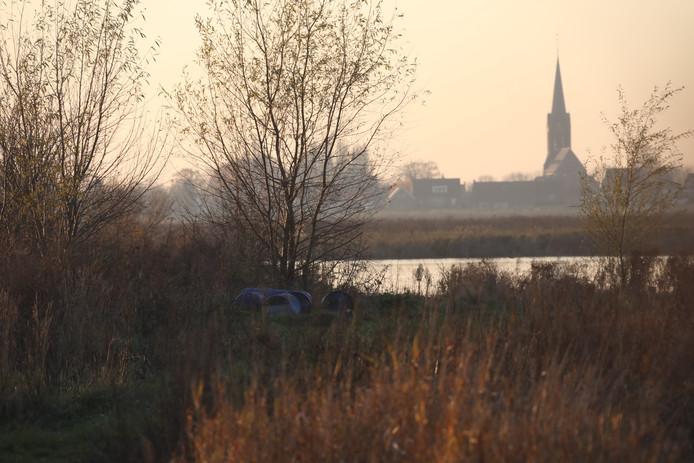 Natuurgebied Hemelrijkse Waard, waar de vaten gedumpt werden.