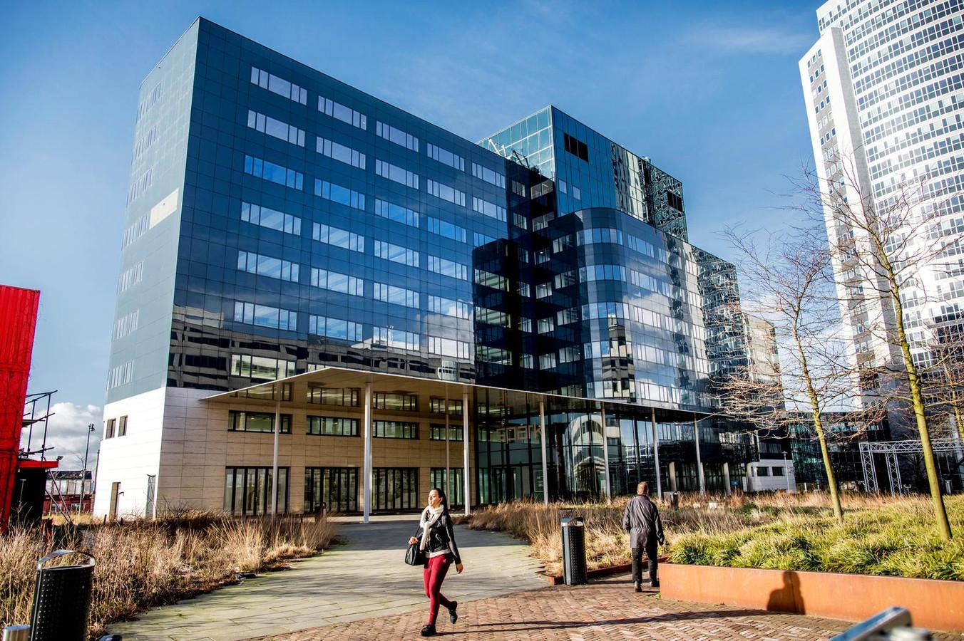 Het Spark-gebouw in Sloterdijk, het tijdelijk onderkomen van het Europees Geneesmiddelenbureau (EMA).