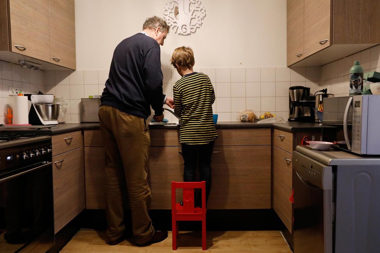 Binnen het gezin bestaat een zeven keer hogere kans op besmetting dan daarbuiten. Beeld ANP