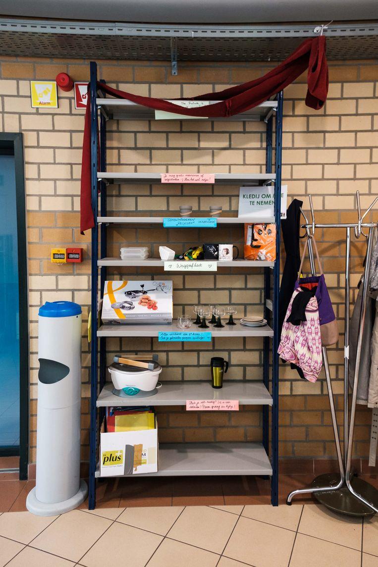 Weggeefkast bij PXL Campus Diepenbeek, gebouw H.