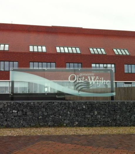 Raad parkeert verbouwplan gemeentehuis in Wijhe. 'Misschien geld straks hard nodig'