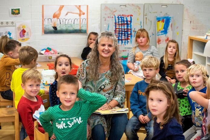 """Anneke Schüssler-Nijland van de Airborneschool in Renkum. ,,Ik kan ook streng zijn als het moet."""""""
