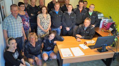 Kantoren en personeel technische dienst in nieuw jasje
