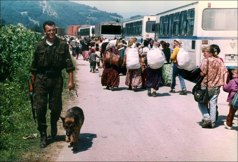 Militairen in Srebrenica Beeld