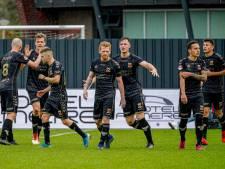 GA Eagles sleept met tien man punt uit vuur in Almere