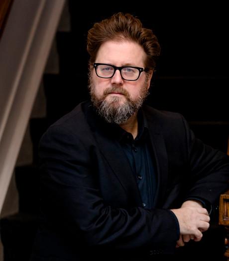 Koolhoven gaat filmcolleges verzorgen op tv