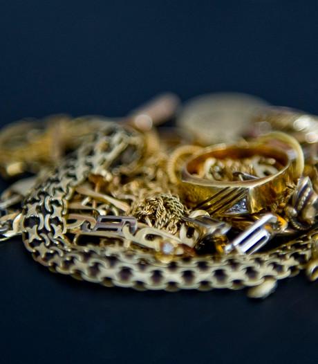 Gouden sieraden weg na woninginbraak Hengevelde
