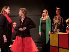 Theatergroep Zierik hoort, ziet en zwijgt