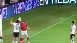 Ref geeft penalty terwijl speler bal gewoon wegkopt: het stinkt weer, daar in de donkere krochten van de Champions League-voorronde