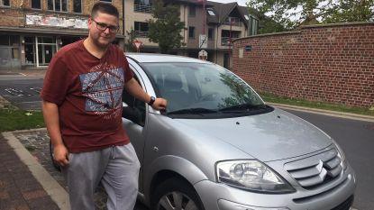 Inbrekers laten gestolen auto achter na botsing