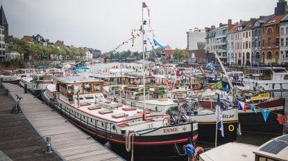 Historische boten meren aan in Portus Ganda