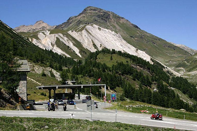 De grenspost La Motta tussen het Italiaanse dorp Livigno en Zwitserland.