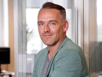 """Radiopresentator Xavier Taveirne tot Kerstmis out: """"Alsof ik twaalf zwaarden heb doorgeslikt"""""""