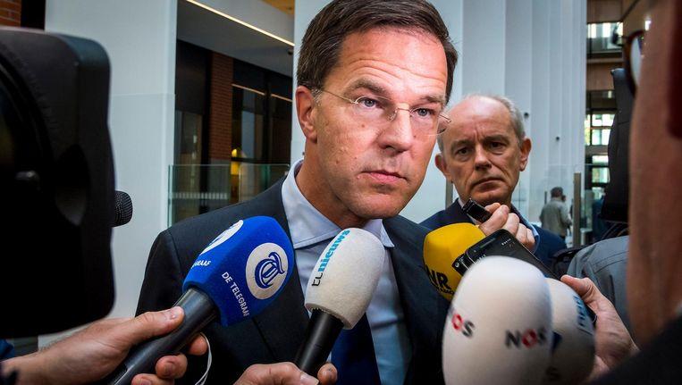 Premier Rutte maandagochtend na een kabinetsberaad over de dividendbelasting. Beeld anp