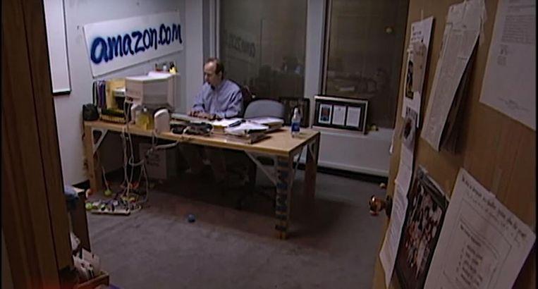 Jeff Bezos in zijn kantoor in 1999.