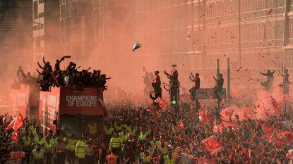 Spelers Liverpool door half miljoen fans als helden onthaald
