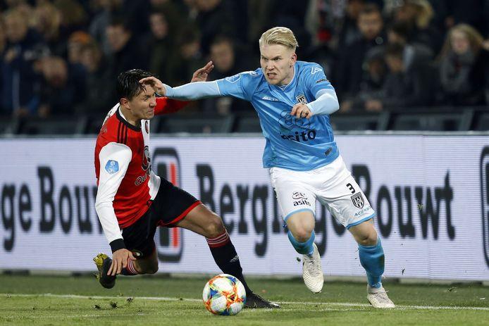 (l-r) Steven Berghuis van Feyenoord en Lennart Czyborra van Heracles Almelo.