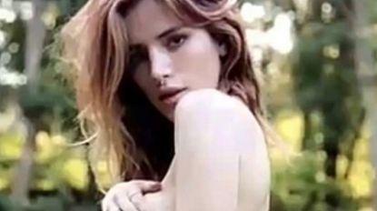 Bella Throne deelt intieme topless-foto op Snapchat