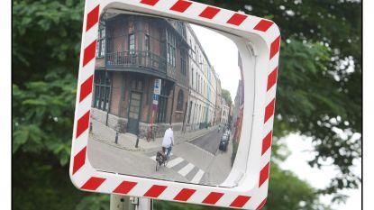 Gemeente maakt werk van verkeersspiegels langs kruispunten N148