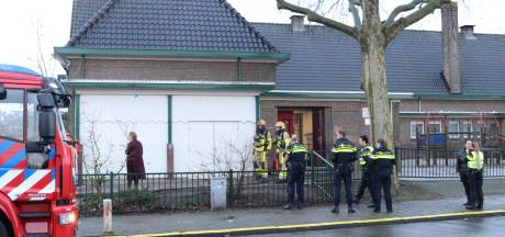 Leerkachten naar ziekenhuis na brand in Emmaschool Apeldoorn