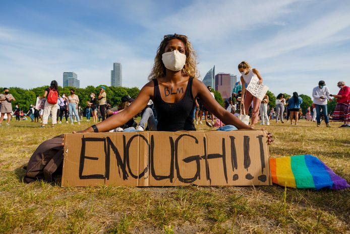Demonstranten tijdens een protest op het Malieveld van Black Lives Matter Nederland.