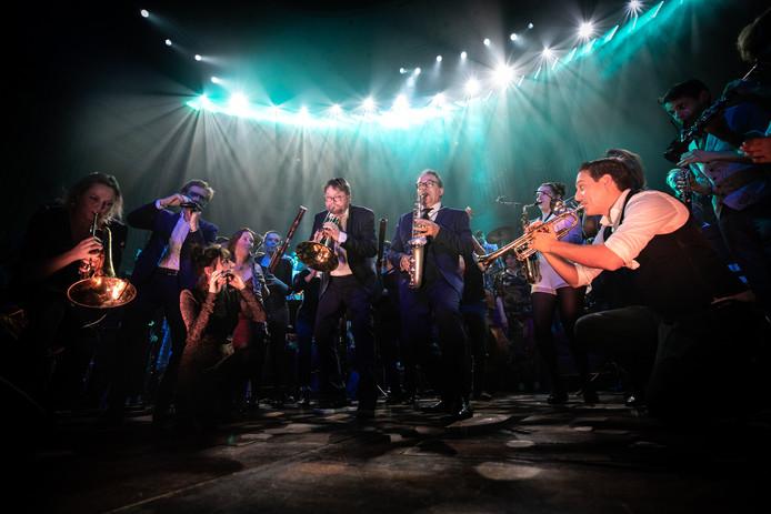 'The Unknown Chaplin' van het Nederlands Blazers Ensemble is op 30 november te zien in Concertzaal De Vereeniging in Nijmegen en trekt hopelijk ook Arnhems publiek.