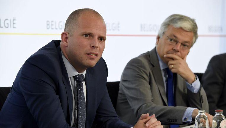 Staatssecretaris van Asiel en Migratie Theo Francken (N-VA) en minister van Buitenlandse Zaken Didier Reynders (MR).