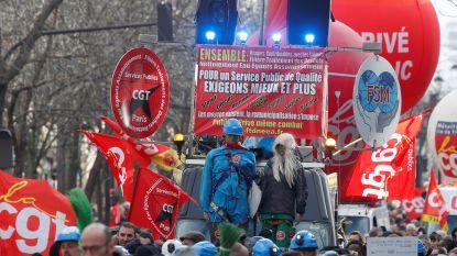 Franse vakbonden staken 6 februari opnieuw tegen pensioenhervorming
