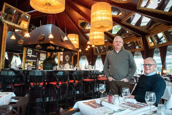 Theo Leonards en Piet van Lieshout van Brasserie Vieux Paris in Arnhem.