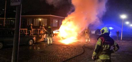 Auto in vlammen op in Papendrecht