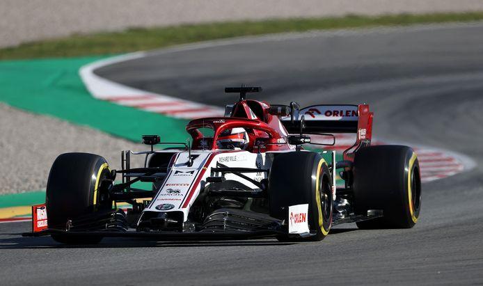 Kimi Räikkönen reed de snelste tijd en veroorzaakte de eerste ronde vlag.