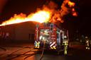 De brandweer is met groot materieel uitgerukt.