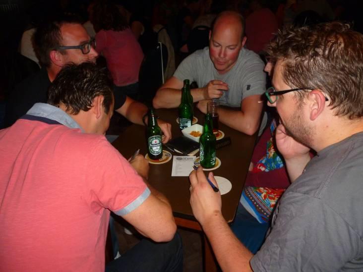 De pubquiz heeft helemaal geen café nodig: 'Mensen snakken in deze tijd naar vertier'