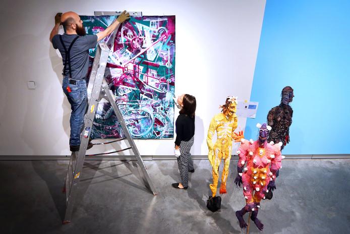In het Stedelijk Museum Breda wordt de exposite Raketstart opgebouwd met werk van 37 beeldend kunstenaars die verbonden zijn met de stad Breda.