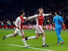 Ajax blijft in spoor van Feyenoord na ruime zege op Heracles