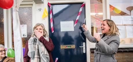 Vergrijzende wijk in Arnhem kan voor gezelligheid naar huiskamer