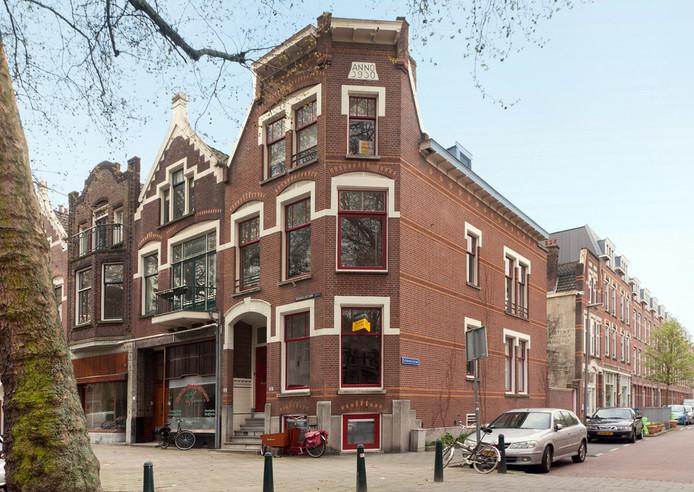 De Rodenrijselaan in Rotterdam-Noord. In deze straat zullen leegstaande winkelpanden een andere functie krijgen.