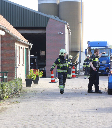 Man in Hapert staat onder stroom en raakt gewond