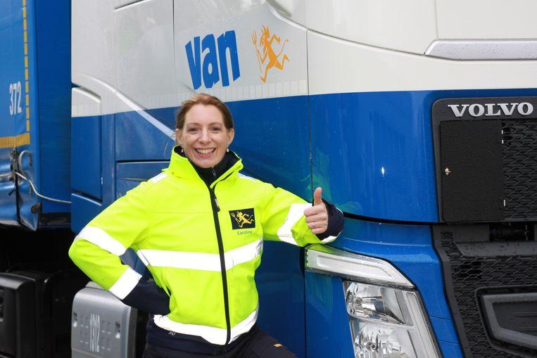 Caroline Baugniet maakt kans op de titel 'meest gepassioneerde vrachtwagenchauffeur van België'.