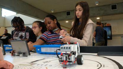 Robots programmeren met LEGO: Het Laerhof heeft als eerste basisschool in Antwerpen LEGO Studio