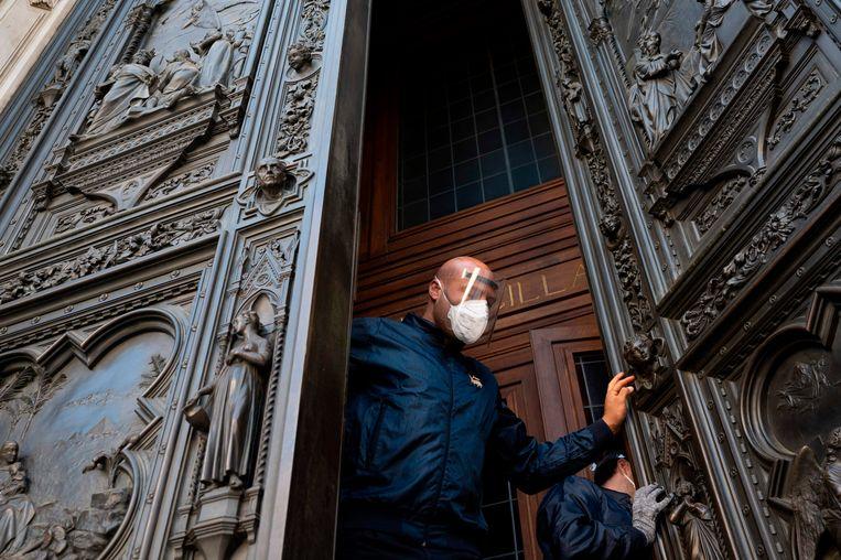 De Duomo in Florence kan langzaam weer open, maar in de Italiaanse stad is de kunstsector zwaar getroffen.  Beeld AFP