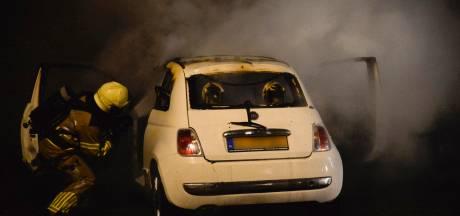 Twee autobranden in Breda