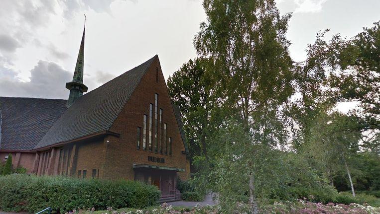 De Pauluskerk in Amstelveen, waar de bunker in de buurt ligt. Beeld Google Street View