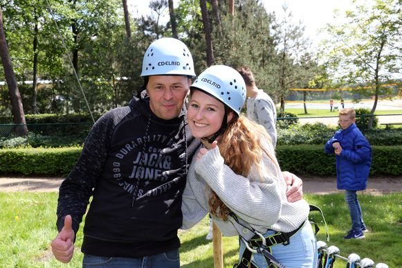 Jos en Steffie Janssens hebben zich geamuseerd op het klimparcours.
