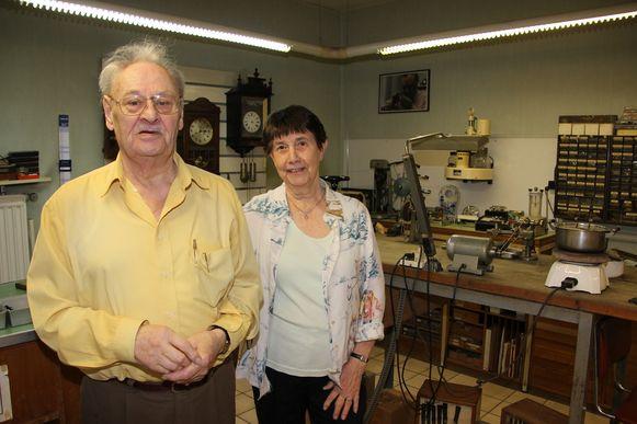 Uurwerkmaker Willy Van De Walle en Simonne De Boever werden naar het stadhuis geëvacueerd.