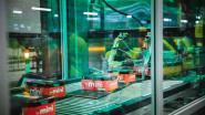 Coca-Cola Gent spaart jaarlijks 80 ton plastic uit door blikjes in karton te verpakken