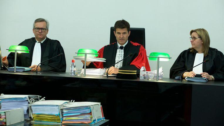 Assisenvoorzitter Bart Meganck (midden).
