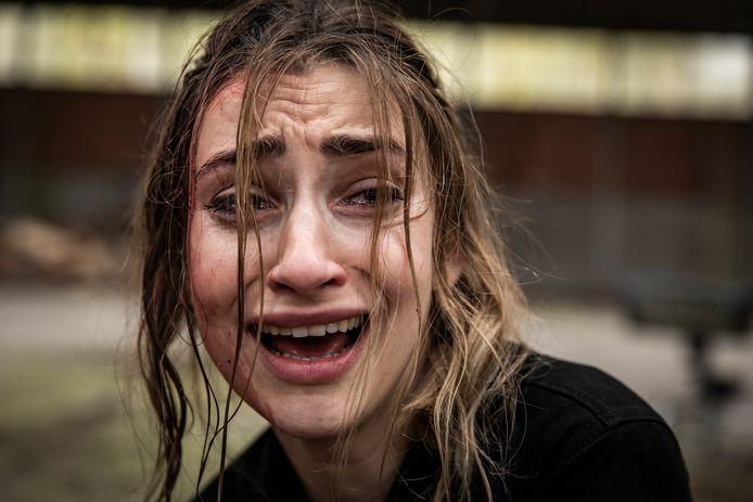 Wordt Stefanie (Jasmijn Van Hoof) het dodelijke slachtoffer van pyromaan Elias of steekt zij hém in brand?