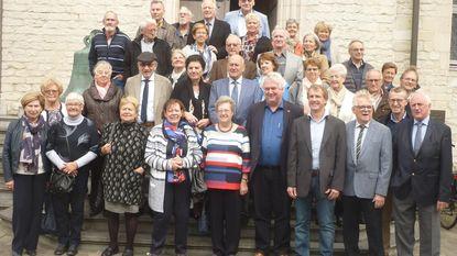 75-jarigen vieren samen verjaardag in Lakenhal en hotel Karmel