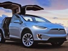 Verkoop elektrische auto's in stroomversnelling